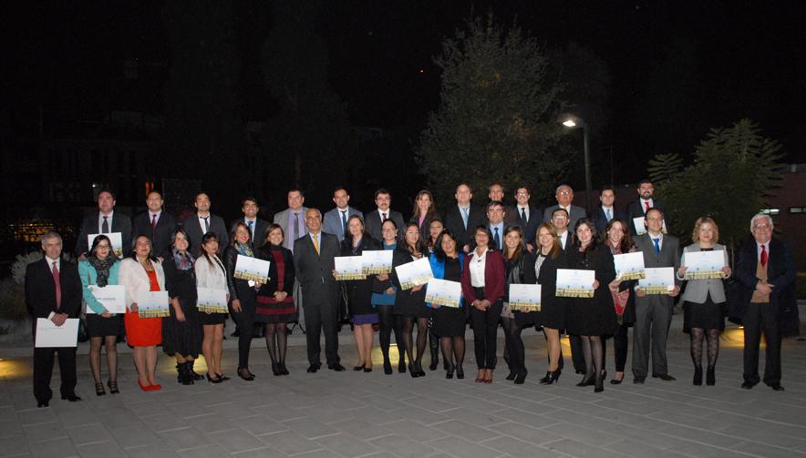 Graduación Clase Ejecutiva UC 2016, diplomados online UC